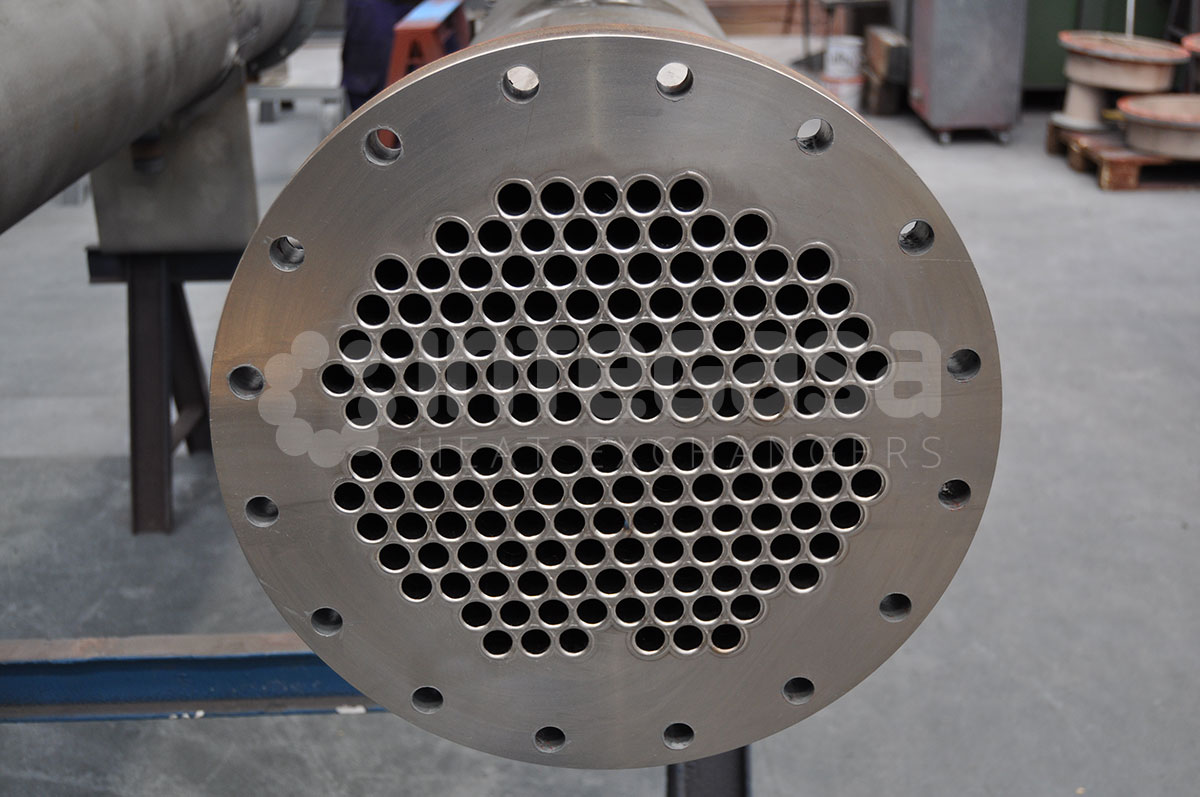 Ammonia condensers